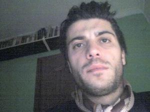 Yo, mi normalidad, y mi barba salomónica.